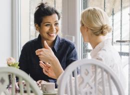 عندما يقتصر دورك على الاستماع.. 7 مؤشرات تنذرك بأنَّ الوقت قد حان لإنهاء علاقتك بصديقك