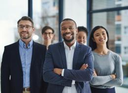 كيف نشكل قادة الرأي والفكر لقيادة منظومة التغيير في المجتمع؟