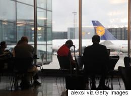 Δυσφορία Τόσκα για τους ελέγχους σε Έλληνες και για τον τρόπο που αυτοί γίνονται στα γερμανικά αεροδρόμια