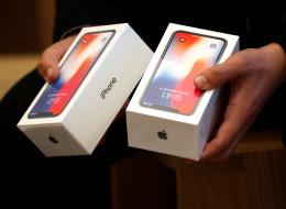 أرخص وأصغر هاتف آيفون قادم في الطريق.. آبل ستطلق iPhone SE 2 في هذا الوقت