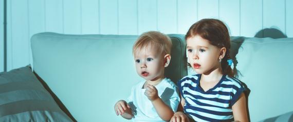 KIDS WATCHING TV