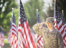 تُغيّر حالتهم المزاجية.. الجيش الأميركي يختبر عمليات زراعة الذكاء الاصطناعي للدماغ على الجنود