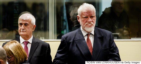 Πέθανε ο Σλόμπονταν Πράλγιακ που ήπιε δηλητήριο κατά τη διάρκεια της δίκης του