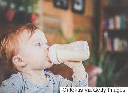 كيف يمكن للسالمونيلا أن تصل إلى حليب الأطفال الصناعي؟