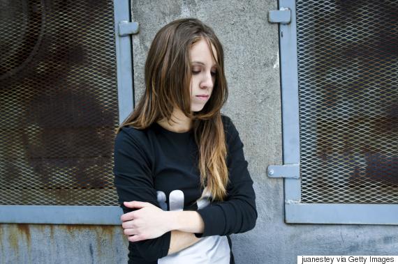 أول حكم في العالم بالسجن على رجل متهم باغتصاب أطفال عبر الإنترنت O-KIDS-RAPE-570