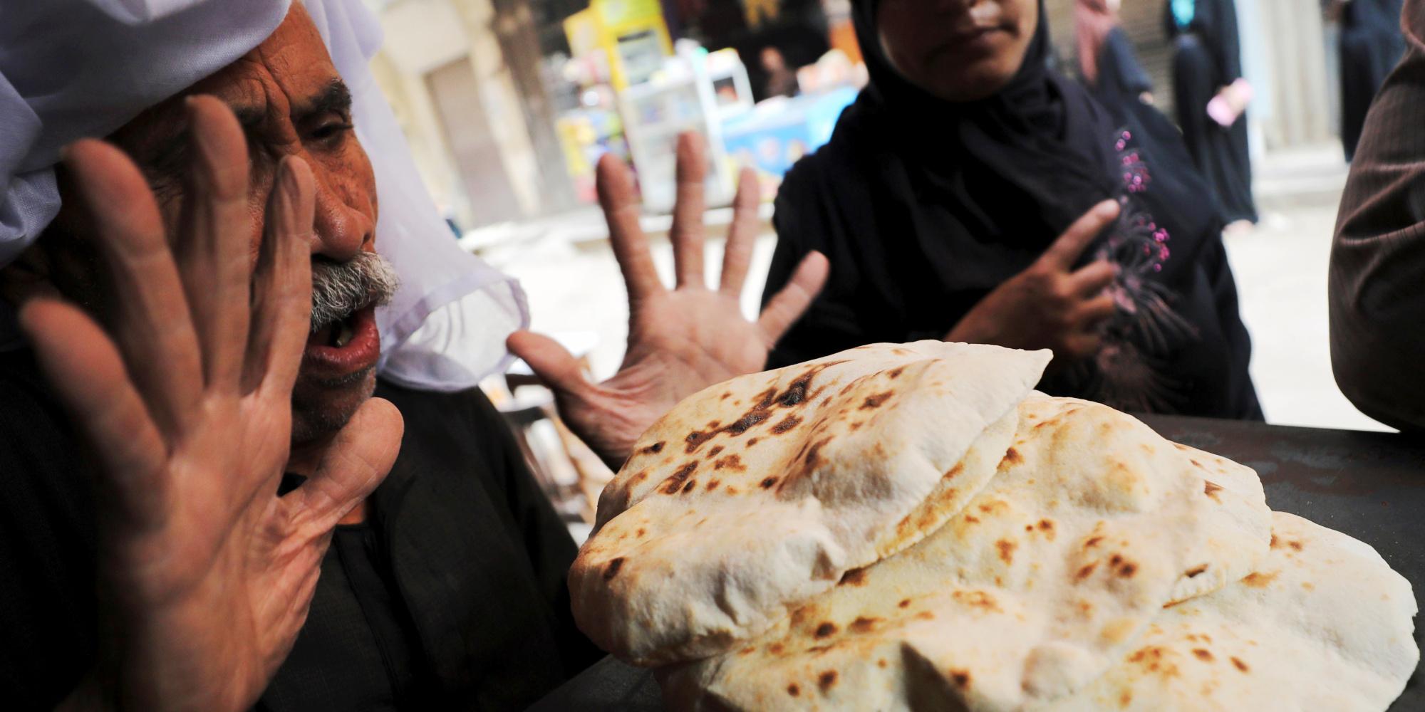 مصر تعلن هبوط معدل التضخُّم.. ومواطنون: الأسعار مستمرة في الارتفاع ولن تنخفض
