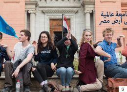 الجامعة الأميركية في مصر تُعلن منع النقاب