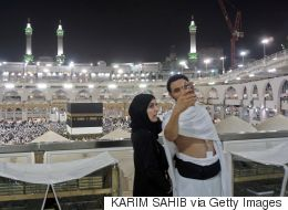 قرار سعودي بمنع التصوير في الحرمين المكي والمدني.. والسلطات توضح أسباب الحظر
