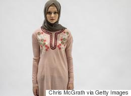 نساءٌ يهاجمن أسبوع الموضة المحتشمة في دبي.. لماذا اعترضن؟