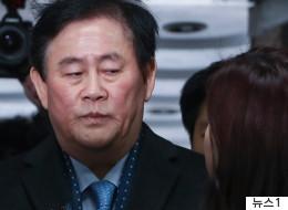 '친박 실세'였던 최경환 의원이 구속됐다