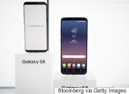 سامسونغ تطوِّر هاتفاً يشغّل الشاشة على كلا الوجهين! إليك 3 أفكار لطريقة عمله