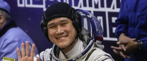 سبحان الله لهذا الرائد الفضاء n-NORISHIGE-KANAI-large570.jpg