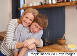 10 آلاف يورو غرامة لأم إيطالية إذا لم تتوقف عن نشر صور ابنها على الشبكات الاجتماعية