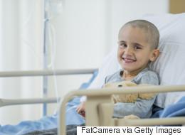 نسمع عن العلاج الكيميائي والإشعاعي والاستئصال.. ورغم ذلك لا يوجد علاج نهائي للسرطان حتى الآن.. ما السبب؟
