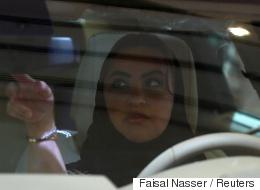 المملكة تستعين بمدربات تونسيات لتعليم النساء بالسعودية قيادة السيارة