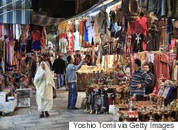 معدل الفقر في تونس ضعف فرنسا 32 مرة.. إذا كنت تنفق 200 دولار في الشهر فلست من الفقراء!