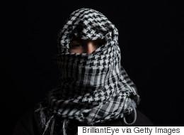 لماذا وصل الشباب الفلسطيني لسن اليأس؟.. 15 سبباً تثبت ذلك