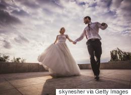 هل أنت جاهز للزواج؟ 10 أسئلة تكشف إجاباتها استعدادك لدخول القفص الذهبي