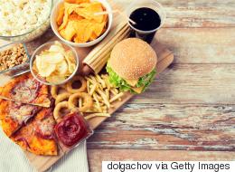تناوُل الكربوهيدرات خلالها يزيد وزنك.. تعرّف على أسوأ ساعات اليوم لتناول الطعام