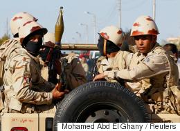 عالقون في سيناء.. صحيفة أميركية تروي معاناة 100 ألف مصري بسبب العملية العسكرية التي لم تنجح بعد