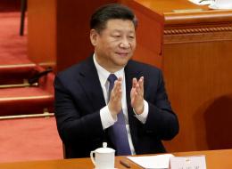 للرئيس الحرية بالبقاء في منصبه مدى الحياة.. البرلمان الصيني يقرُّ تعديلاً تاريخياً لدستور البلاد