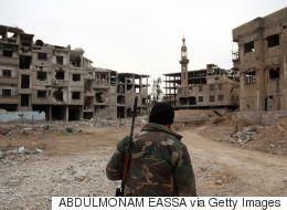 مفاوضات للخروج.. مسؤولون سوريون يبحثون اتفاقاً للمصالحة في الغوطة يشمل إجلاء جزئياً لمدنيين ومقاتلين