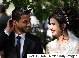 بعد ارتفاع نسبة العنوسة.. نائبة عراقية تتكفل بزواج كل عراقي من امرأة ثانية أو ثالثة