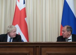 تتبادلان طرد الدبلوماسيين.. روسيا تطالب 23 دبلوماسياً بريطانياً بالمغادرة رداً على قرار مشابه اتخذته لندن بعد أزمة الجاسوس