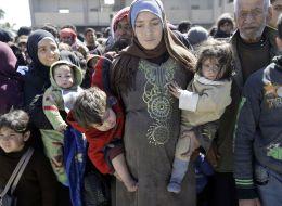 الأسد فقد دولته والمعارضة غير قادرة على كسب الحرب والمدنيون أصابهم اليأس.. الغارديان: عن أي نصر يتحدثون في سوريا؟