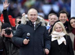 روسيا تنتخب وبوتين مطمئن للفوز.. الروس يصوتون في انتخابات رئاسية محسومة النتائج