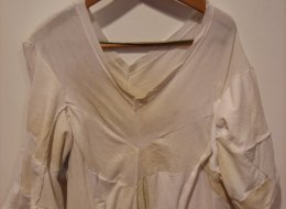Remove sweat stains without ruining your clothes for Remove sweat stains from white shirt
