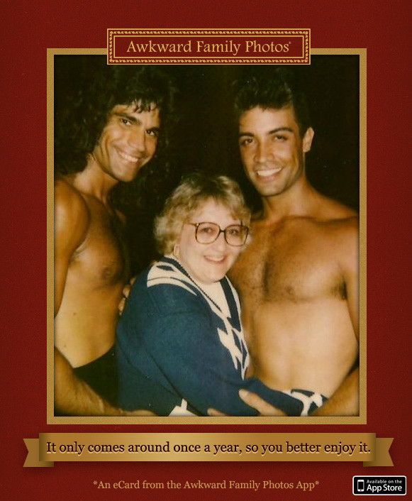 Awkward family photos app now available pictures huffpost bookmarktalkfo Choice Image