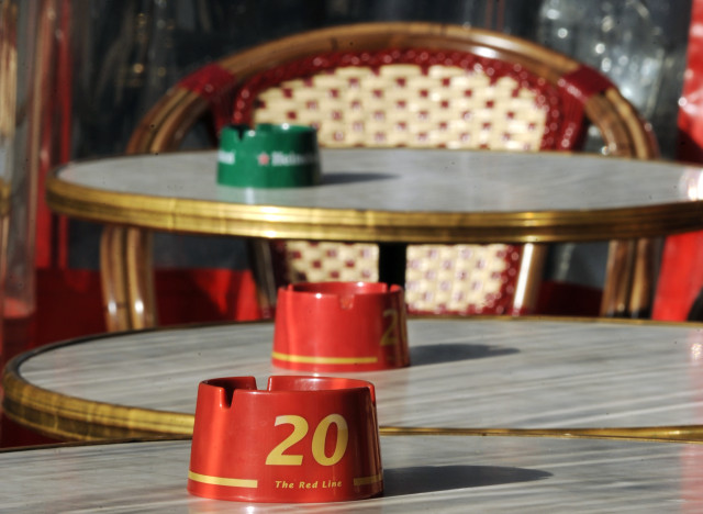 Tabac les terrasses parisiennes examin es par la justice for Les terrasses parisiennes