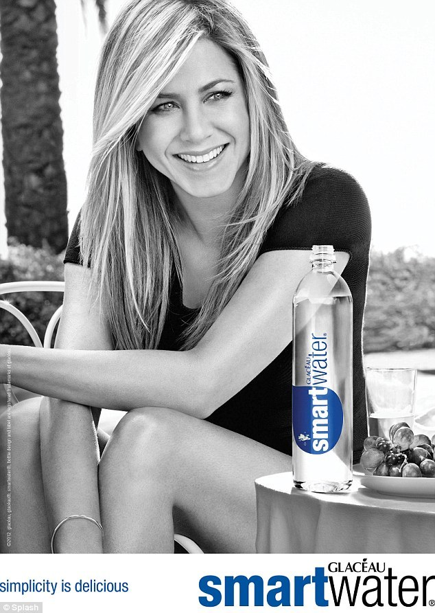 jennifer aniston smartwater1