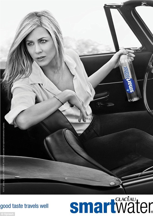 jennifer aniston smartwater2