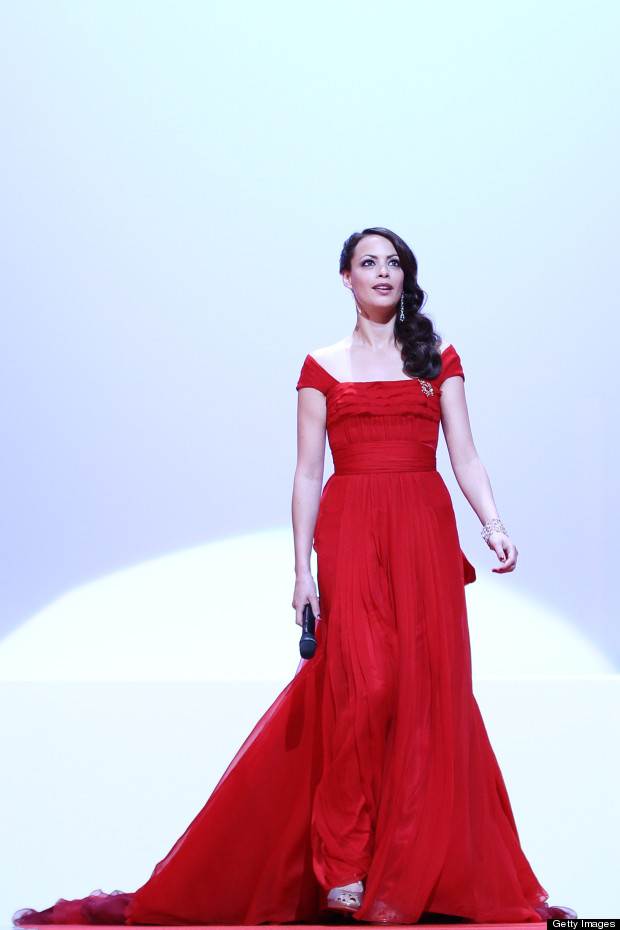 berenice bejo cannes red dress