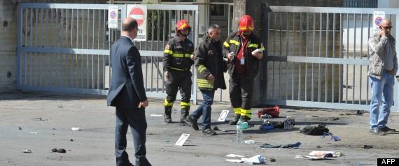 ITALIE EXPLOSION ADOLESCENTE