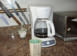 how to clean mold out of coffee maker