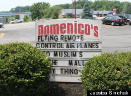 Domenicos Sign