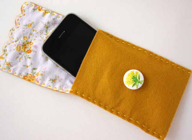 Craft Of The Day Protect Your Cell In Style With This