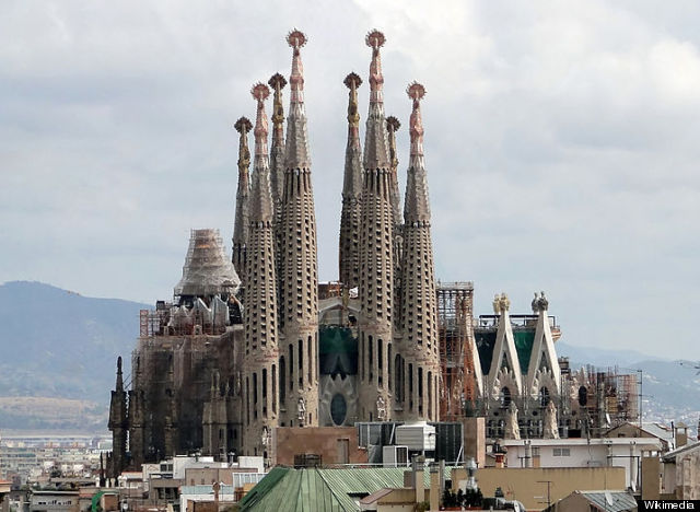 800pxsagrada_familia_01