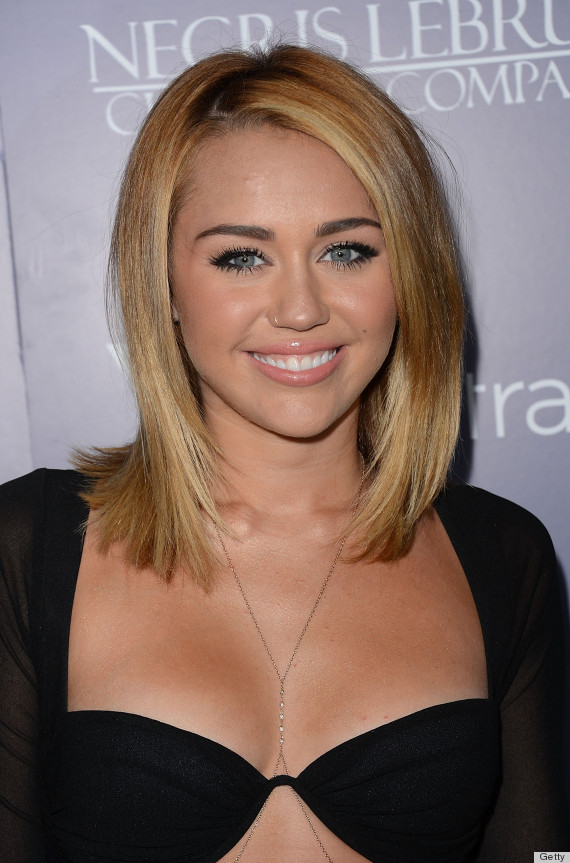 miley cyrus 39 bra dress is actually pretty chic photos poll huffpost. Black Bedroom Furniture Sets. Home Design Ideas