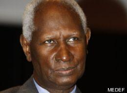Abdou Diouf félicite le Québec pour sa défense du français