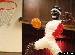 Balloon Lebron James Sculpture Joel Zae