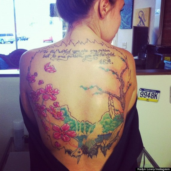 kailyn lowry back tattoo