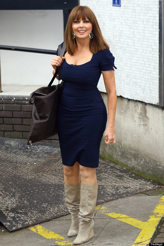 Carol Vorderman Has A Cute Vorderdress And A Giant Vorderbag