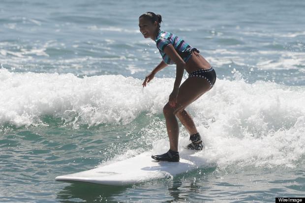 nicole scherzinger surfing