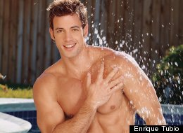 LOOK: William Levy Sizzles At 33