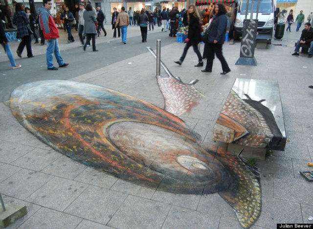 Street artist julian beever creates 3d chalk illusions Design attack berlin
