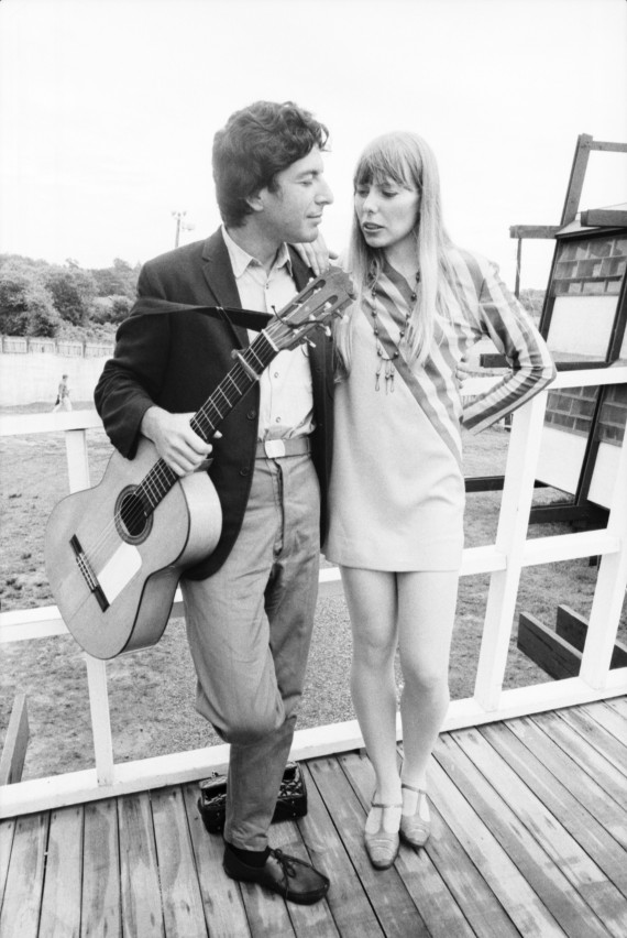 Joni Mitchell couple